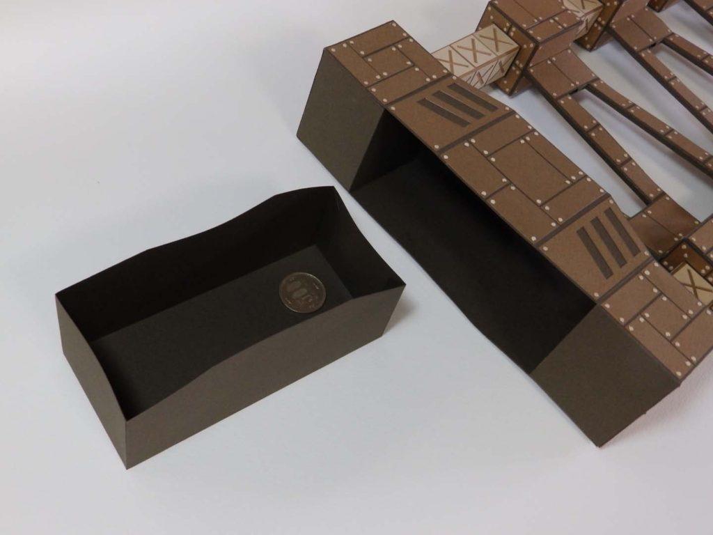 コロコロ貯金箱「鉄骨の塔」2